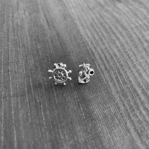 Boat Anchor Rudder stud earrings